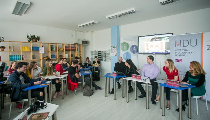 U IX. gimnaziji održana edukacija o autorskom i srodnom pravu